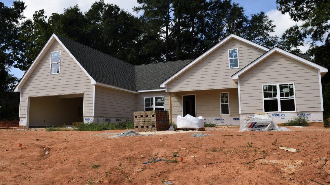 Quelles différences entre un maître d'oeuvre et un constructeur de maison ?
